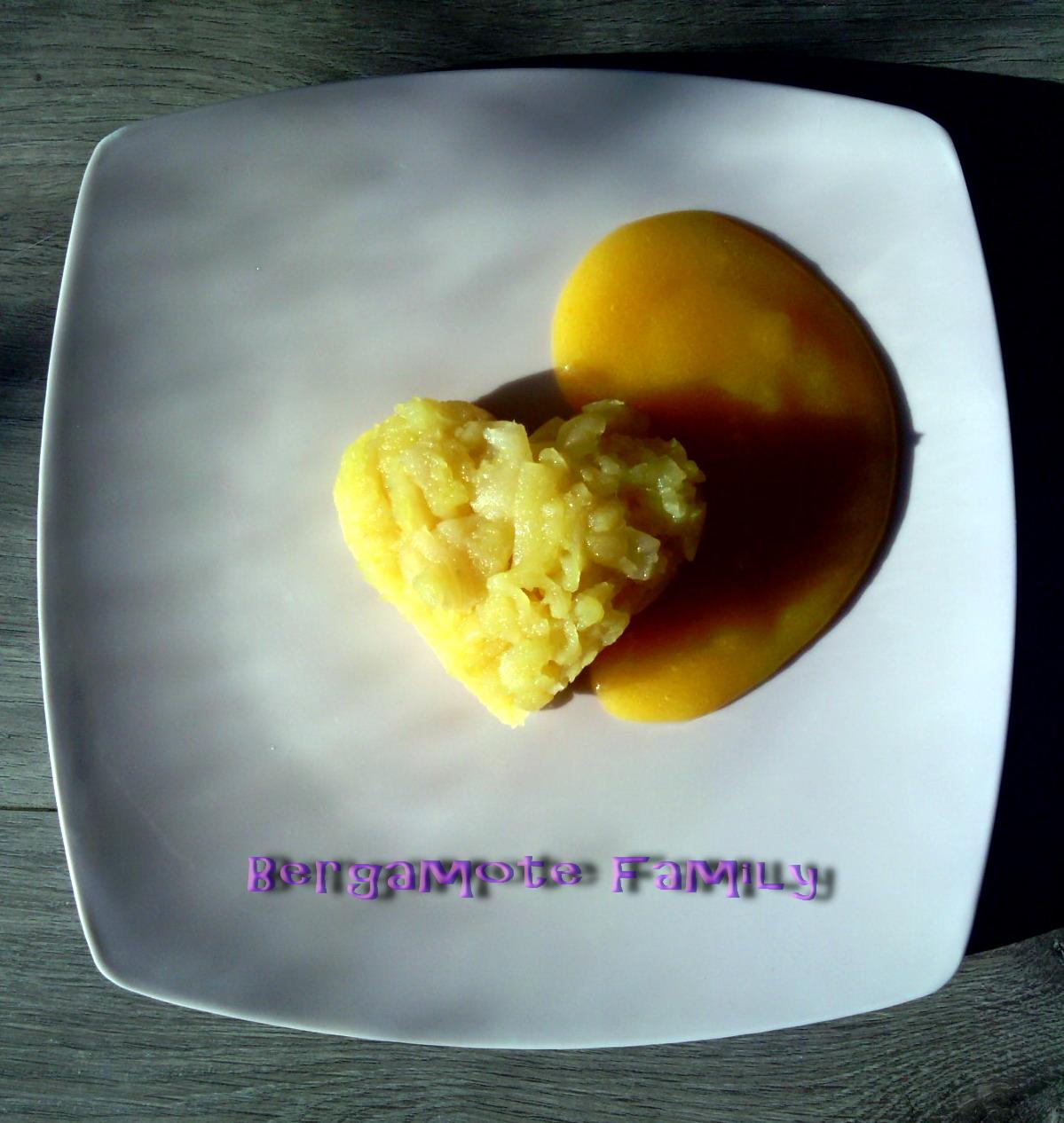 écrasé pomme au coulis abricot