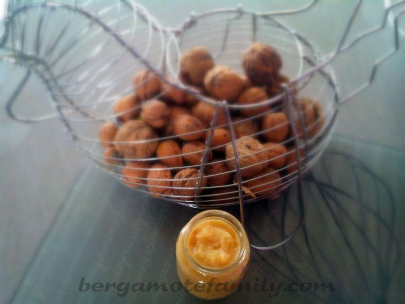 compote de pomme coing au jus d 39 orange pic et miel 12 mois bergamote family. Black Bedroom Furniture Sets. Home Design Ideas