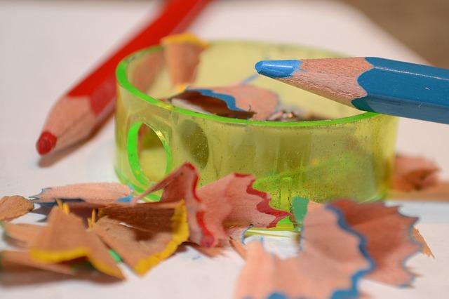 colored-pencil-530838_640