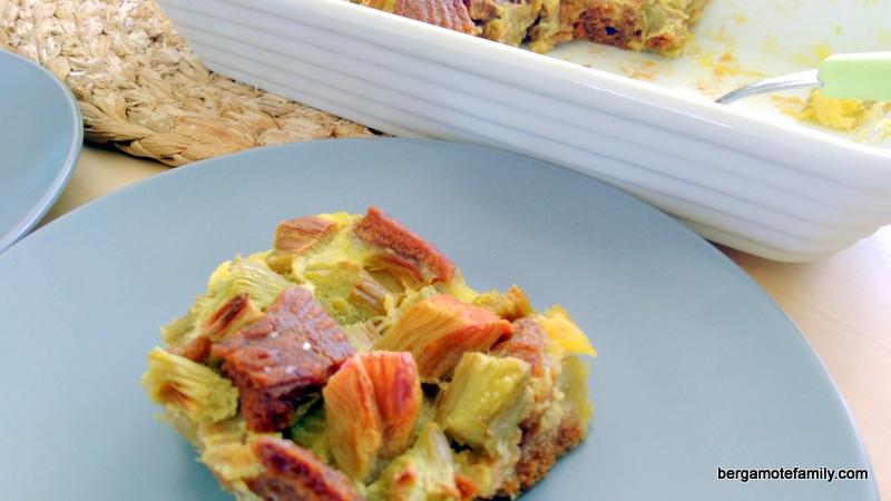 gratin de rhubarbe et spéculoos omnicuiseur - bergamote family (1)