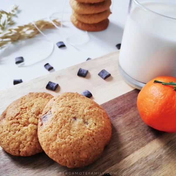Recette de goûter avec cookies, lait et clémentine pour les enfants